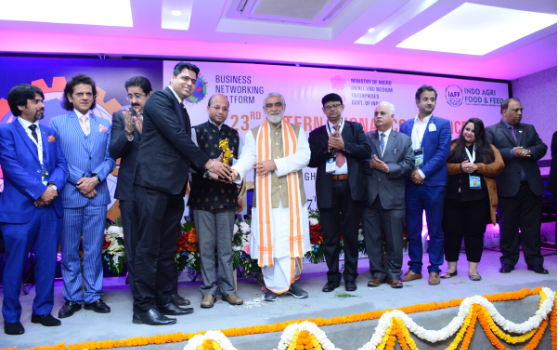 State Health Minister presents WASME Award of Warehouse & Logistic Innovation Award to Gandhi Automations