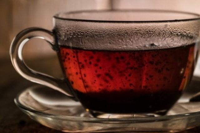 Compounds in green and black tea relax blood vessels by activating ion channel proteins